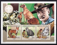 Central Africa (Sc# 1257) MNH  (Souvenir Of Sheet Of 3) Scouting Activities With Dogs And Cats    (1998) - Central African Republic