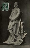37 - LOCHES - Alfred De Vigny - Statue - Loches