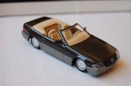 31-133. Coche Mercedes 500 SL, Escala 1/43. Solido - Solido