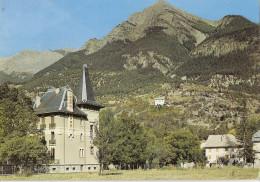 04 Basses Alpes. Jausiers, Le Chateau Ricard Et Son Annexe. Carte Inédite (Alb5p30) - France