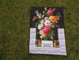 Torchon Calendrier 1983 Fleurs. Vintage - Publicité