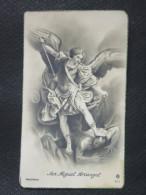Image Pieuse Religieuse N°211: ARCHANGE SAINT MICHEL (San Miguel Arcangel) Terrassant Le Dragon (diable, Satan, Démon) - Santini