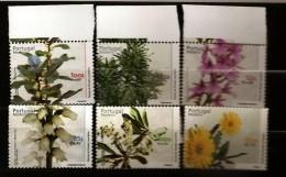 Portugal Madère Madeira 2000 N° 212 / 7 ** Fleurs, Orchidée De Montagne, Folhado, Laurier, Barbusano, Forêt Laurifère - Madeira