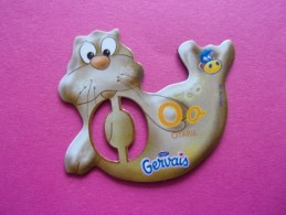 Magnet Danone  Gervais Otarie Lettre O - Letters & Digits
