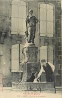 11 Alet, Statue Et Fontaine, Homme Qui Puise De L'eau.... - Autres Communes