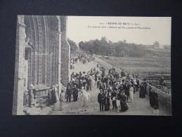 BOURG-DE-BATZ - Un Jour De Fête - Défilé Des Paludiers Et Paludières - Animée Drapeau Tricolore - Batz-sur-Mer (Bourg De B.)