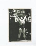 SERGE REDING EN 1971 LORS D'UN DE SES 6 RECORDS DU MONDE EN HALTEROPHILIE - Haltérophilie