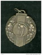 Médaille - Sur - Jeux De Boules - Pétanque Ou Lyonnaise - 009 - Pétanque