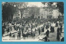 CPA - Métier Marchands Ambulants Marché Aux Raisins Chasselas MOISSAC 82 - Moissac
