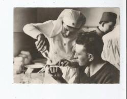 CROIX ROUGE FRANCAISE (GUERRE 1939 .45) NOS BLESSES SONT SOIGNES AVEC DOUCEUR DELICATESSE .. - Weltkrieg 1939-45