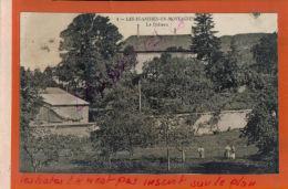 CPA 39  LES PLANCHES EN MONTAGNES  Le Chateau  Personnages  AV 2016 1565 - France