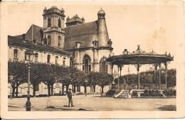 SAINT MIHIEL - 55 - Place Des Moines Et Le Kiosque - ENCH0616 - - Saint Mihiel