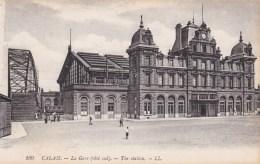 CALAIS -RAILWAY STATION . - Calais