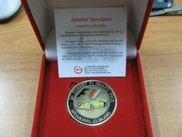 AC - F1 FORMULA 1st ISTANBUL GRAND PRIX - ISTANBUL SPEEDPARK 2005 TURKEY MEDAL IN BOX - Gewerbliche