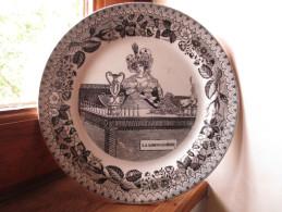 Assiette Ancienne XIX E - Thème : Commerce , Métier  - La Limonadière N° 6 - P & M  Choisy - - Plates