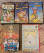 5 VHS CARTONI ANIMATI - 3,2,1 NATALE-MUCCHE ALLA RISCOSSA-I 3 MOSCHETTIERI-IL CONIGLIO BUNNY- BARNEY - - Cartoons
