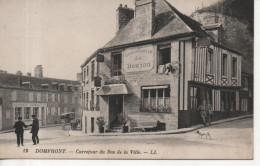 CPA - DOMFRONT - CARREFOOUR DU BAS DE LA VILLE - 13 - L. L. - HOSTELLERIE DU DONJON - - Domfront