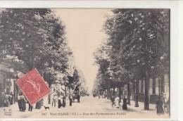 PARIS /  TOUT PARIS / RUE DES PYRENEES AUX ECOLES  /////   REF  JUIN  16 /  PARIS PARTIE 6 - Arrondissement: 20