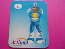 Magnet Danone  Actimel Lettre L - Letters & Digits