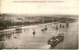 N°563 E -cpa Ouistreham -le Port- - Commerce