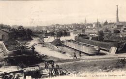 ROANNE - Le Bassin Et Les Chantiers Ouvriers - Roanne
