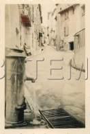 CAGNES SUR MER ASPECT D UNE RUE PHOTO 1937 FORMAT 8.7 X 5.9 Cm - Cagnes-sur-Mer