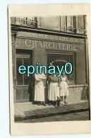 Br - 95 - GROSLAY - CARTE PHOTO Du  Magasin  Charcuterie  DESESQUELLE - Groslay