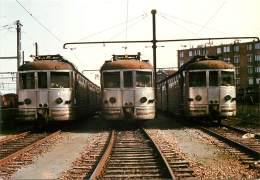 CARTE POSTALE : TRAIN . RAME AUTOMOTRICE Z 3700 . REGION OUEST . - Trains