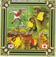 "Mozambico 2001 World Cup South Korea - Japan   ""Newankwo Kanu""  Sheet Perf. Mozambique - Calcio"