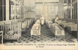 - Themes Divers -ref-M795- Magasins - Grands Magasins Du Louvre - Pouponniere Fondation - Mme Douine - Paris - - Magasins