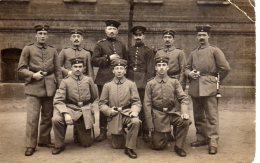 DUNZIG MILITARIA Soldats Allemand En 1915(scan Recto Et Verso) - Polonia