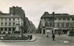 Cpsm Pf 51 Chalons/Marne Place De L'Hotel De Ville Rue De La Marne La Pharmacie-le Printania Animée - Châtillon-sur-Marne