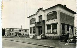14 - Canon ; Mairie Et école Des Filles. - Autres Communes