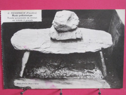 CPA Très Peu Courante - 29 - Penmarch - Musée Préhistorique - Tombe Pyramidale Du Bronze En Schiste à Grenats- Scans R/V - Penmarch