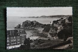 PERROS GUIREC - Pointe Du Château - Perros-Guirec