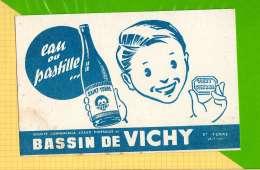 BUVARD & Blotting Paper : Bassin De VICHY Eau Ou Pastille  St YORRE Allier - Limonadas - Refrescos