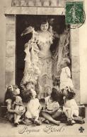 98257 - Fantaisie    Joyeux Noêl    Jeune Femme  Et Petits Enfants - Noël