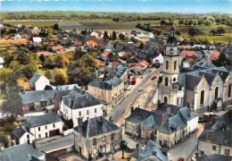 44- DERVAL- VUE D'AVION - L'EGLISE ET LA PLACE - Derval