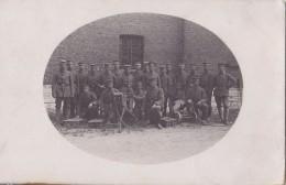 Foto Deutsche Soldaten 1.Weltkrieg Maschinengewehr Komp. Infanterie Regiment IR 345 In Kowno Litauen - Guerre, Militaire