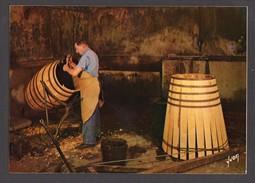 Barrel Making Hennessy Cognac Unused Postcard Paris - Professions