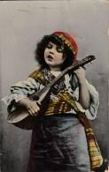 AK Mädchen Mit Mandoline Karte Gel. 1909 - Portraits