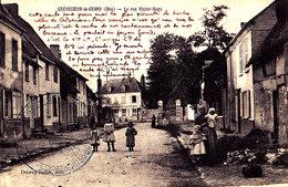 60  / CREVECOEUR LE GRAND / LA RUE VICTOR HUGO / TRES JOLIE CARTE /  CACHET DES TIRAILLEURS D INDOCHINE - Crevecoeur Le Grand