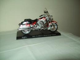 "Harley Davidson(2001FLHRCI  Road King Classic) ""Maisto""  Scala 1/18 - Motos"