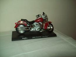 """Harley Davidson (2002 FLSTF  Fat Boy) """"Maisto""""  Scala 1/18 - Motos"""