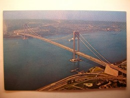 Carte Postale New York The Verrazano-Narrows Bridge Connecting Brooklyn And Staten Island (Petit Format Non Circulée) - Ponts & Tunnels