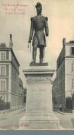 PAU.Statue Du Général Bourbaki - Pau