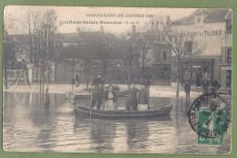 CPA - YVELINES - CONFLANS SAINT HONORINE - INNONDATION DE JANVIER 1910 - ROND POINT DES TILLEULS - Barque Animée - Conflans Saint Honorine