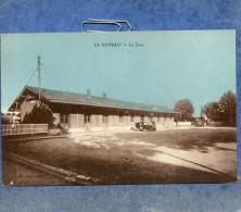 LE COTEAU -42- LA GARE - VEHICULE ANCIEN - France