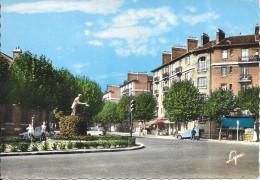 SURESNES - 92 -  Place Et Statue De Jean Jaurès - ENCH0616 - - Suresnes