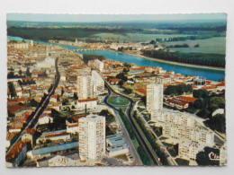 CP 71 MACON  - Vue Panoramique Aérienne  - Les Immeubles Type HLM - Macon